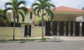 House For Sale, Cerro Hermoso