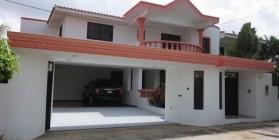 House in La Urbanización Thomen