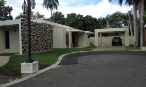 PRESTIGIOUS HOUSE FOR SALE